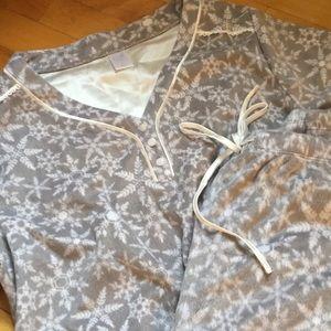 Soft, never worn pajama set